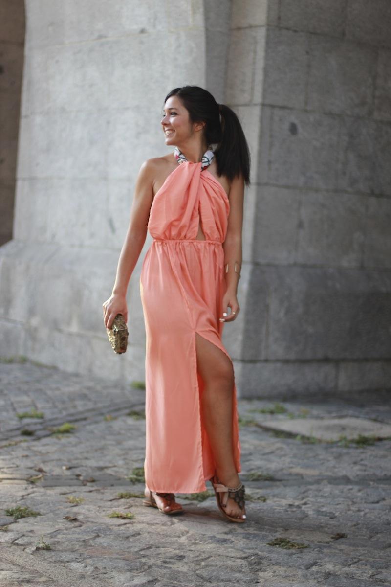 vestido_aberturas_laterales