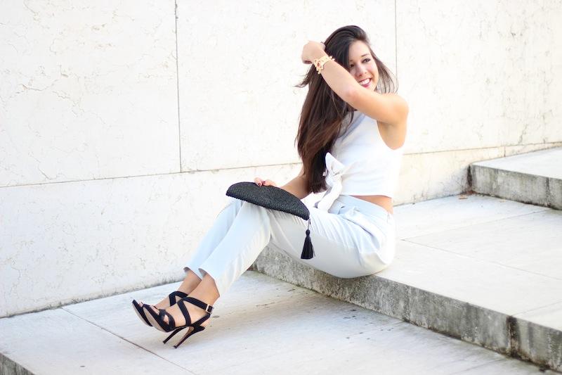 conjunto_elegante_sandalias_negras