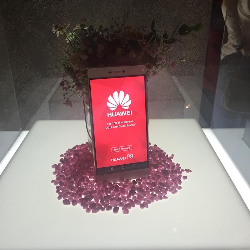 Huawei_P8_Rosa