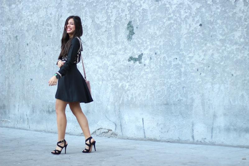 vestido_negro_corto