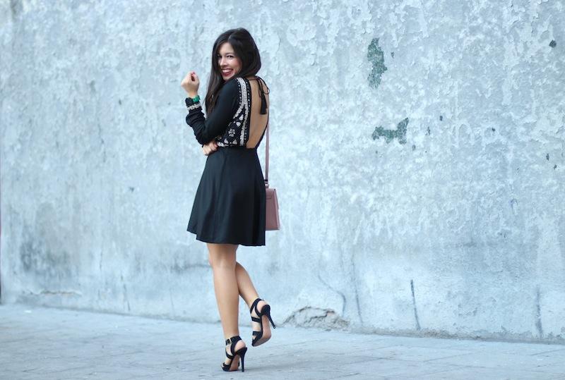 vestido_negro_pedrería