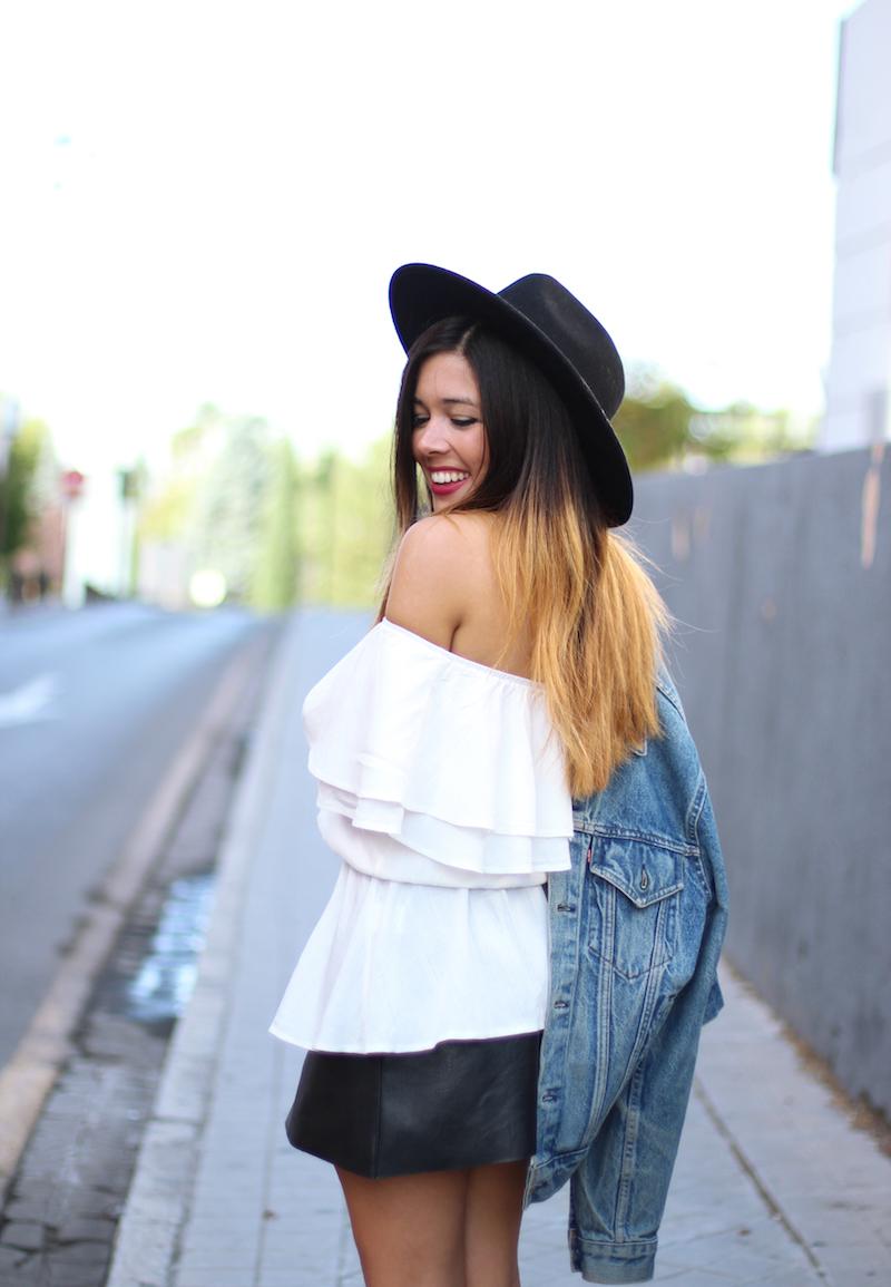 blusa_blanca_de_volantes