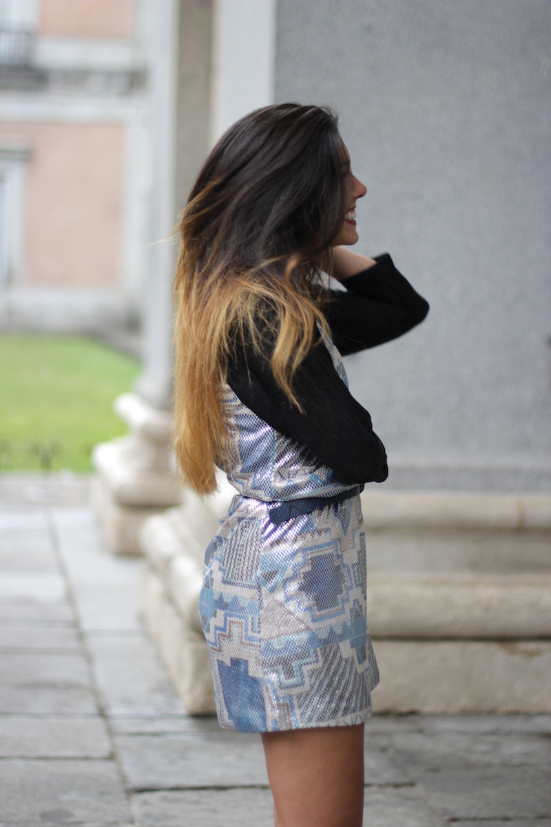 vestido_plateado_fiesta